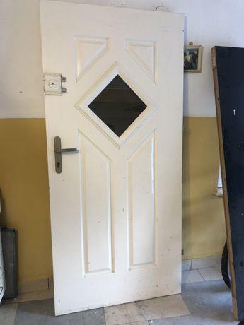 Drzwi zewnętrzene biale 200x90 lewe