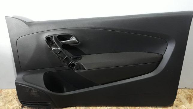 Nr.009 VW Polo V 6R 6C 3D Boczek Tapicerka drzwi prawy
