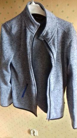 Bluza, odzież ,przegląd szafy.bluza sportowa, dresowa