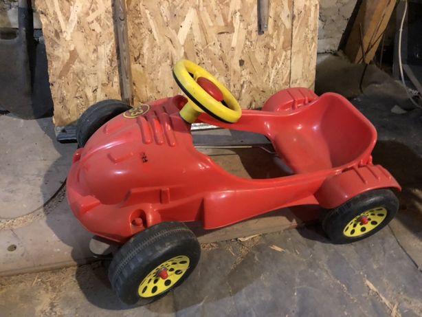 Машина педальная детская 2-5 лет