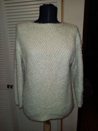 Kremowy włochaty sweter h&m rozmiar S