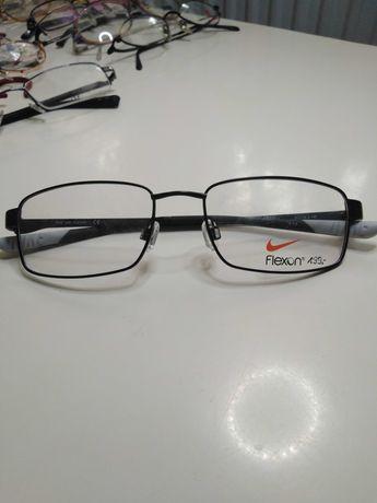 Okulary oprawki oryginalne duży wybór.