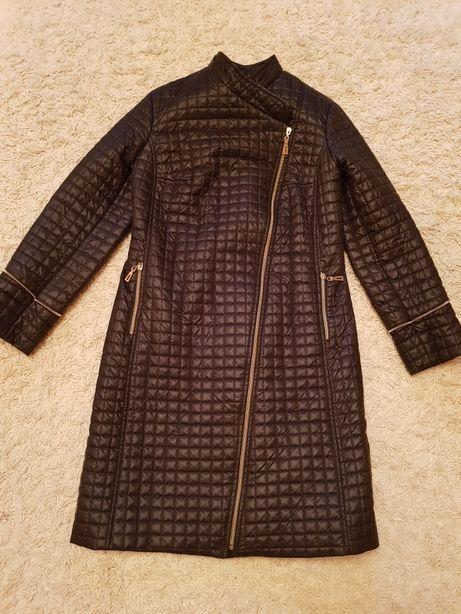 Плащ пальто синтепон черное