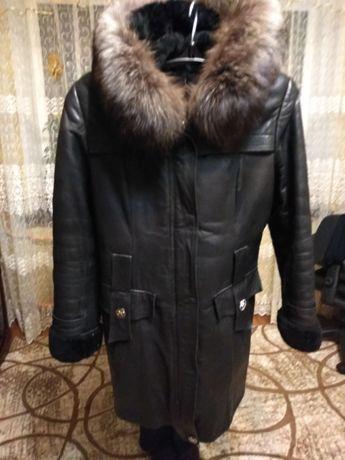 Кожаное пальтишко