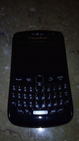 Lote dois telemóveis Blackberry, STL100-2 e 9360