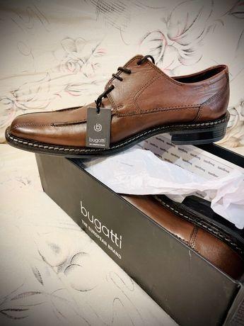 Взуття чоловіче нове