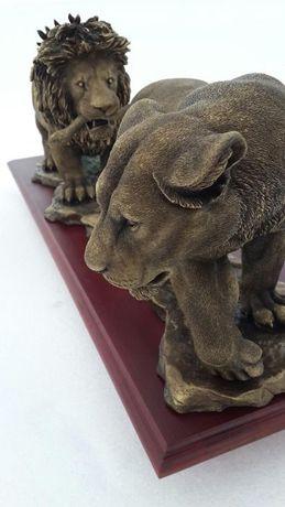Подарок коллекционный Скульптура пара львов. новый