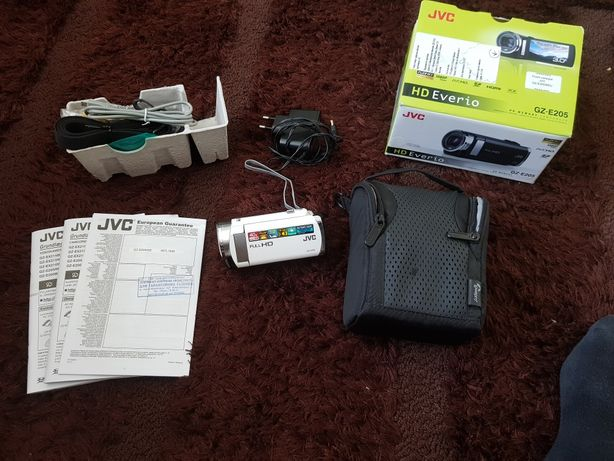 Відеокамера JVC GZ E205. НОВА.