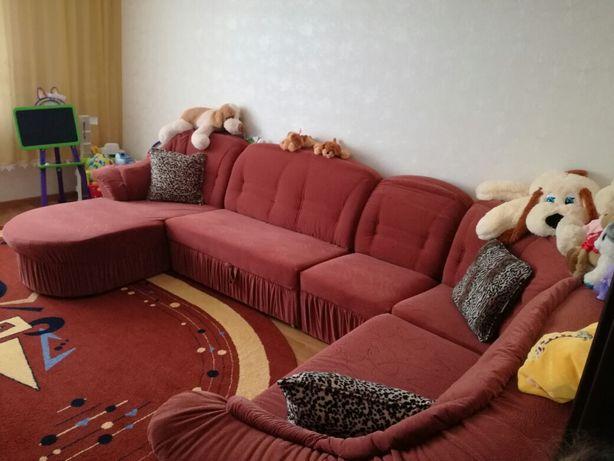 Мягкий куток,диван