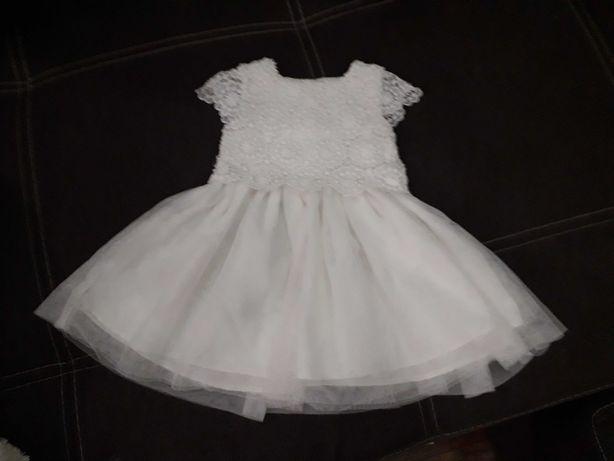Нарядное платье на малышку 9-12 месяцев