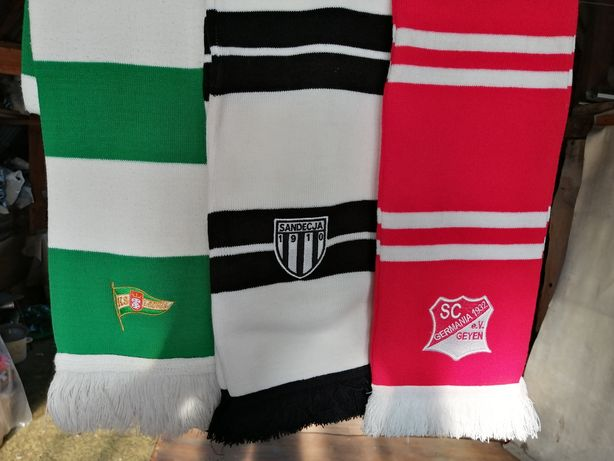 Футбольные шарфы.