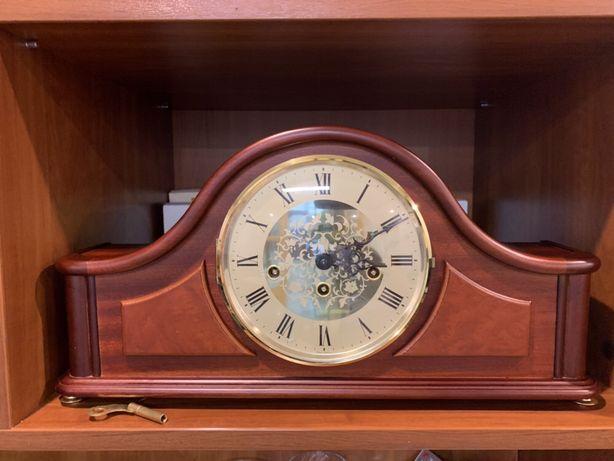 Каминные часы Hermle