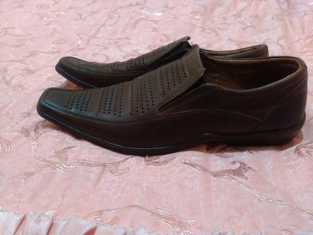 Мужские кожаные туфли 43 размер