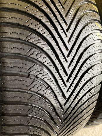 Michelin Alpin 5 215/55 R17 94V