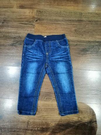 Spodnie jeansowe 92