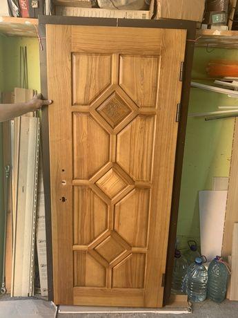 Входная дверь 89*205 замок mottura в подарок