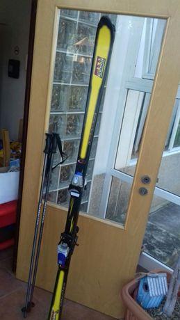 Skis Elan + bastões