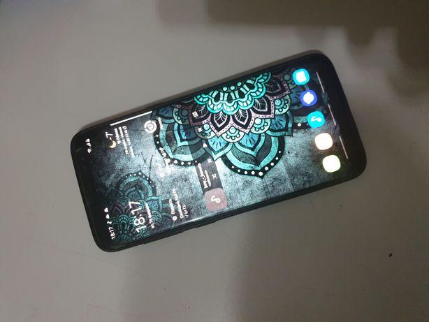 Samsung Galaxy S8 4/64gb.