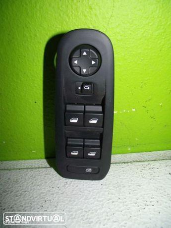 PEÇAS AUTO - VÁRIAS - Honda Accord - Botão dos Vidros Frente Esquerdo - BV83