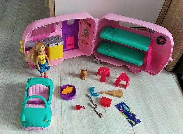 Przyczepa kempingowa Chelsea Barbie Mattel.