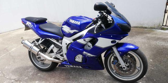 Yamaha yzf r6 de 99
