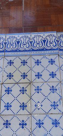 Antigos azulejos da Antiga fábrica  Devesas.