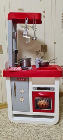 Детская кухня Smoby с набором кастрюль