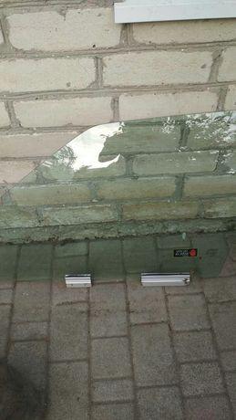 Продам стекла на Volvo850