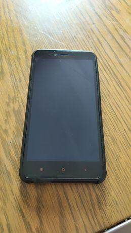 Мобильный телефон Xiaomi.