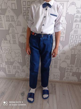 Продам школьную форму на мальчика .