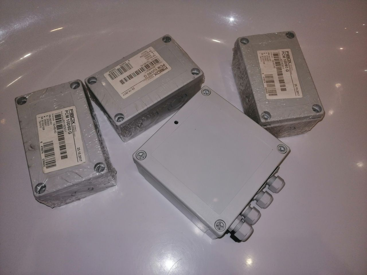 NOWA skrzynka elektryczna instalacyjna Fibox PCM 130x80x60 poliwęglan