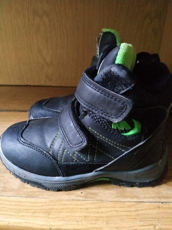 Продам зимние ботинкочки