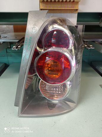 Lampa tył prawa Toyota Verso