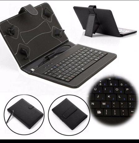 "Capa Tablet c/ teclado 7 ou 10 """