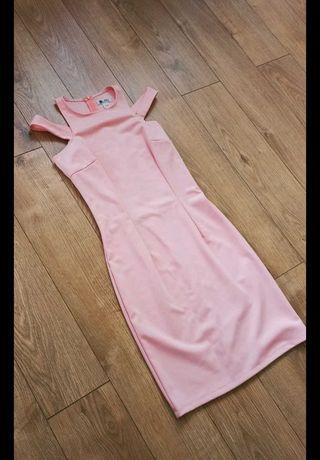 Sukienka pudrowy róż dopasowana r. S VUBU
