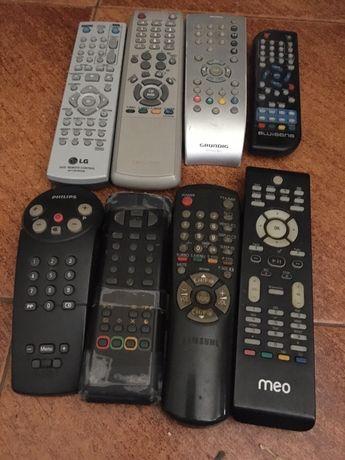 Varios comandos de TV a distancia