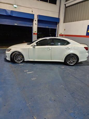 Lexus is220d 2009