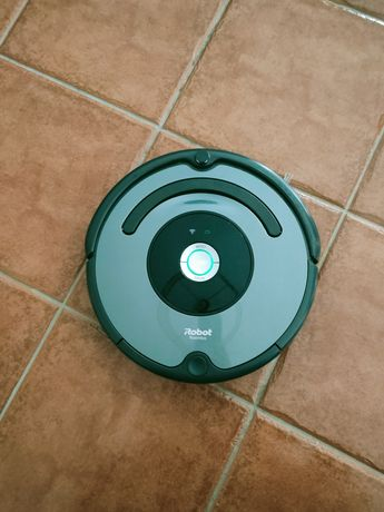 Aspirador Irobot Roomba 676