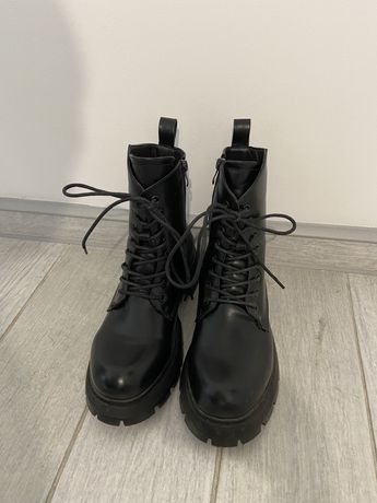 Ботинки черные/ ботінки чорні