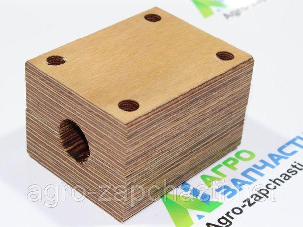Деревянный подшипник соломотряса комбайна Claas, John Deere, Massey