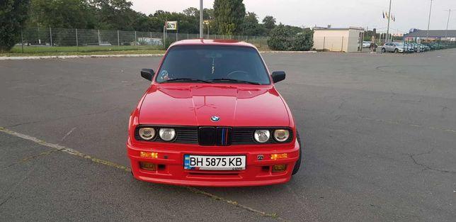 BMW 318 I,S E30 бумер