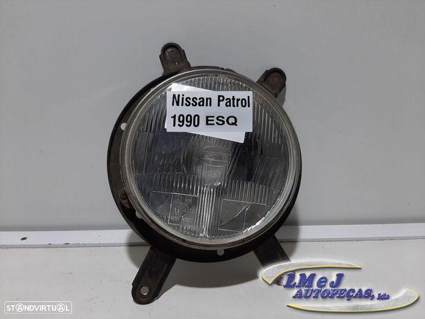 Farol normal Esq Usado NISSAN/PATROL III/2 Hardtop (K260)/2.8 TD   05.86 - 06.90