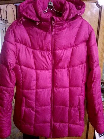 Куртка жіноча 48-50 розміру