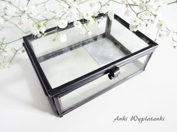 szklana szkatułka pudełko na obrączki tu czarna