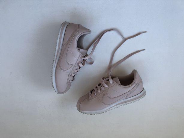 Nike Cortez 38,5   novos