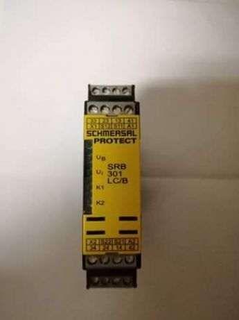 Relé de Segurança Schmersal Protect Srb 301 LC/B - 24 V