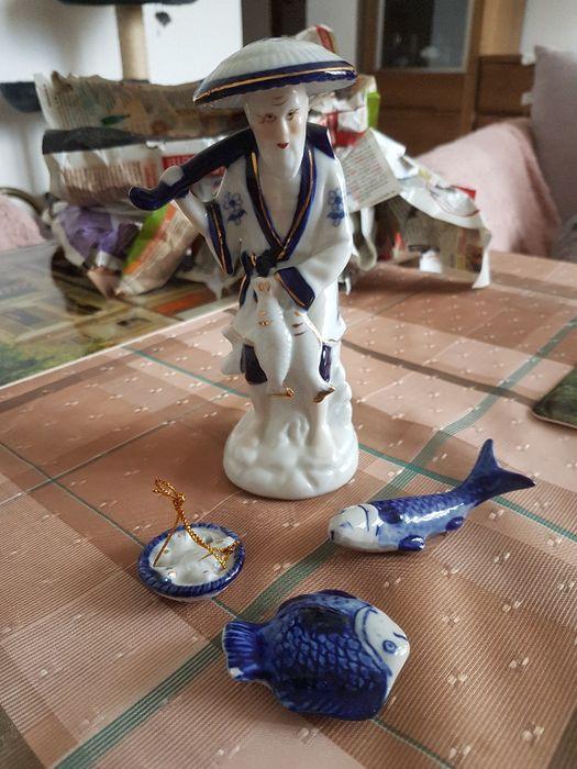 Figurki porcelanowe rybak i ryby Warszawa - image 1