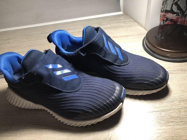 Кроссовки adidas розмер 36,5 оригинал