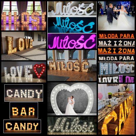 Napis Miłość Love Młoda Para Candy Mąż i Żona Candy Bar ciężki dym