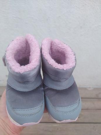 Продам ботиночки new balance